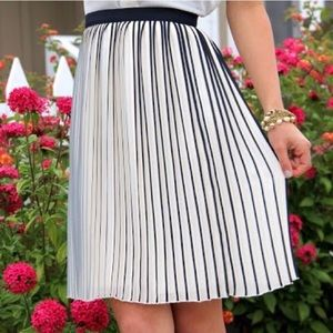 J. Crew Sunburst Accordion Pleat Skirt Size 4